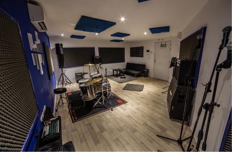 Image studio 1