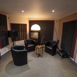 cabine studio d'enregistrement